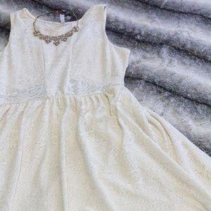 Xhilaration Cream Laced Dress XL